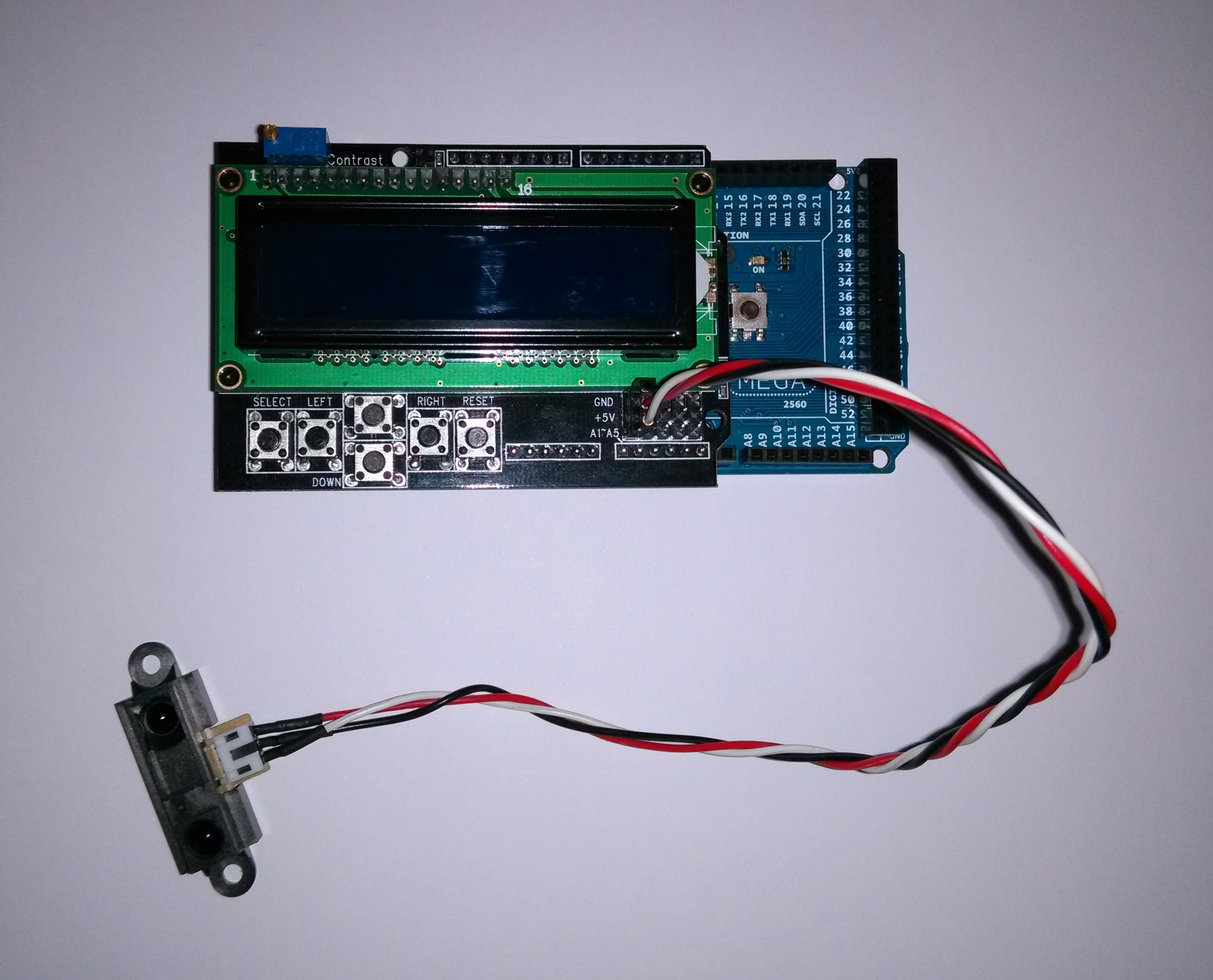 img/arduino-sharp-gp2y0a21.jpg